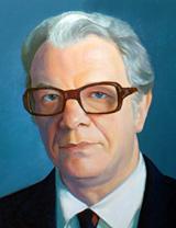 Painted portrait of Harald Löe, D.D.S., Dr.Odont.